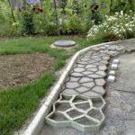Необычная технология изготовления дорожки для сада