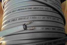 Саморегулирующийся греющий кабель для труб