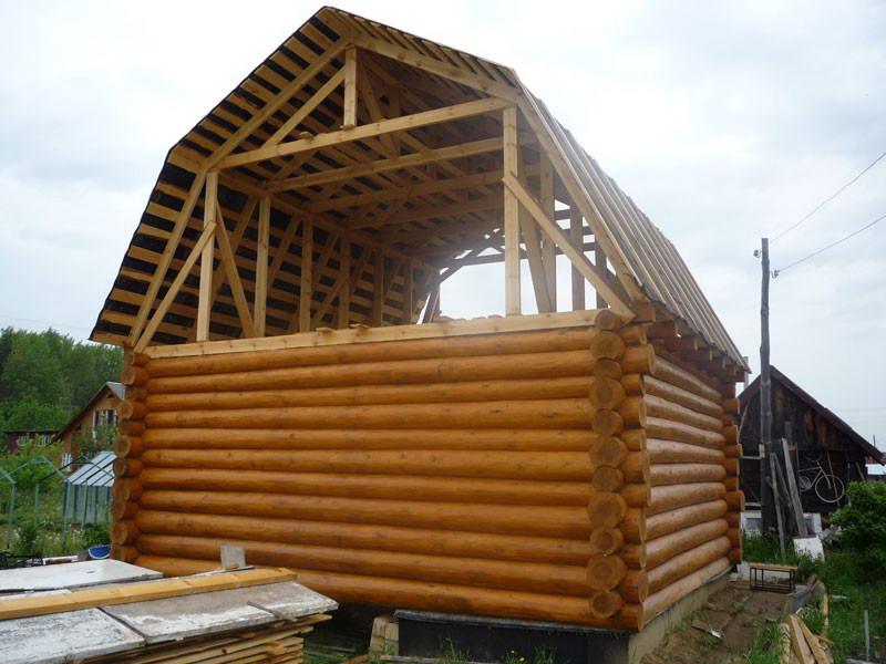«Ломаная» крыша