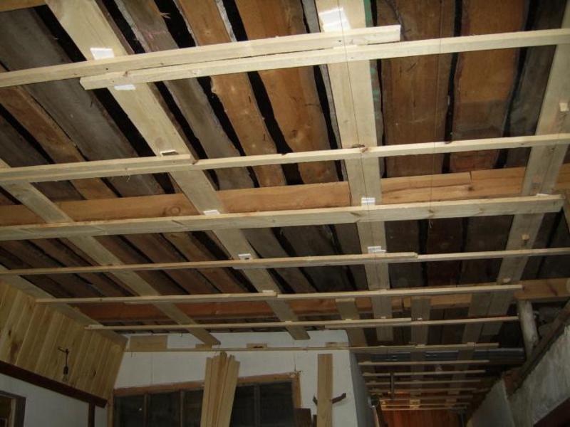 Как крепить вагонку на потолок