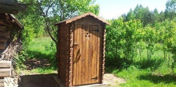 Постройки на участке: дачный туалет своими руками