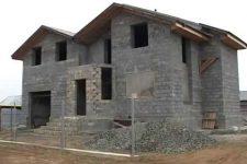Дом из шлакоблока своими руками