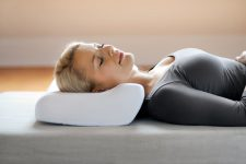 Ортопедическая подушка: какую выбрать и где купить универсальный продукт?