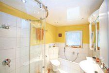 Натяжные потолки при ремонте ванных комнат и туалетов