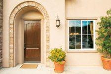 Как выбрать входную дверь в частный дом – советы профессионалов