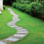 Садовые дорожки из щебня
