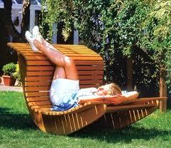 Кресло – качалка для сада своими руками