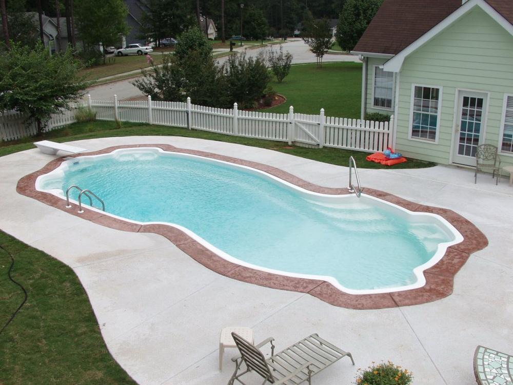 Где купить запорную арматуру для бассейна?