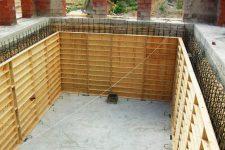 Этапы строительства погреба в доме
