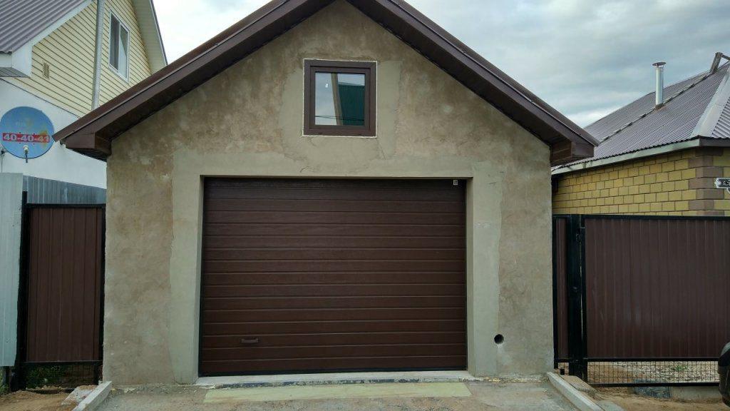 Плитный фундамент и керамзитобетонный блок — надежное решение для строительства гаража