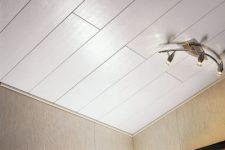Как обшить пластиковыми панелями туалет