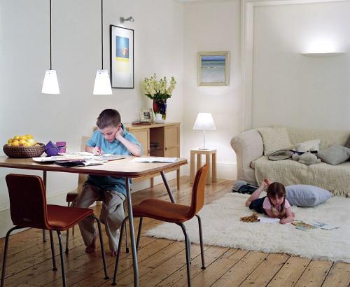 Освещение в детской комнате: рекомендации родителям