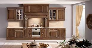 Производство кухонь из массива дерева