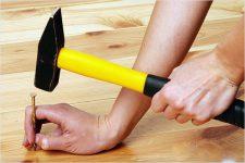 Что делать, если деревянные полы скрипят?