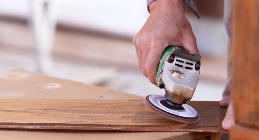 Браширование древесины своими руками: как искусственно состарить дерево