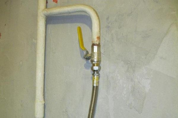 Какой ремонт должна делать бесплатно управляющая компания в Вашей квартире?