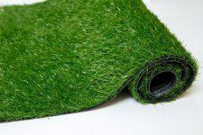 Искусственная трава в рулонах