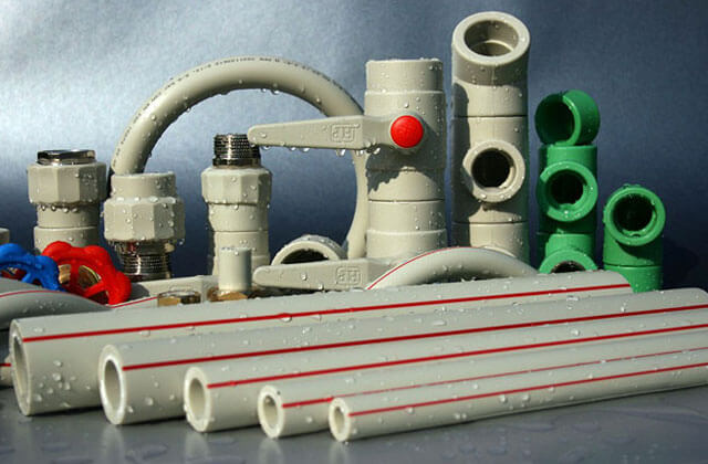 Преимущество пластиковых труб перед стальными