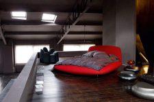 Кровать нестандартной формы