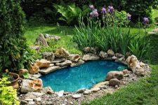 Как сделать искусственный водоем на своем участке?
