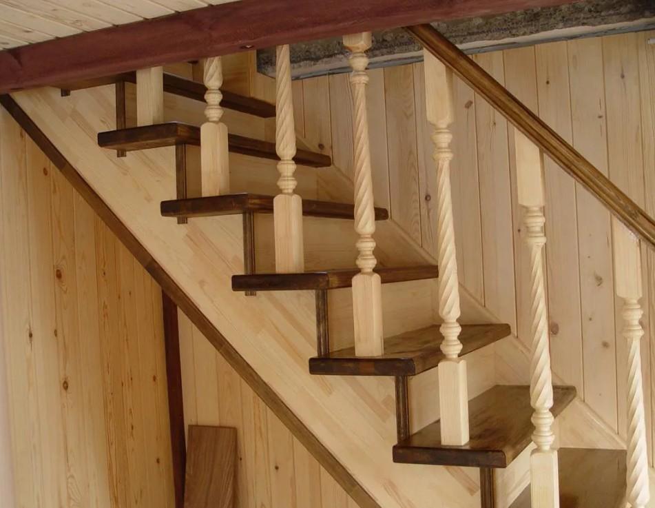 Собрать деревянную лестницу из сосны