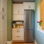 Куда спрятать холодильник: варианты, о которых вы не догадывались