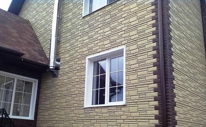 Особенности фасадных панелей для облицовки дома