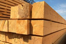 Как выбрать брус для строительства дома