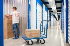 Удобное хранение мебели в Москве