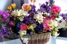 Быстрая доставка цветов по Киеву от сервиса Flowers UA