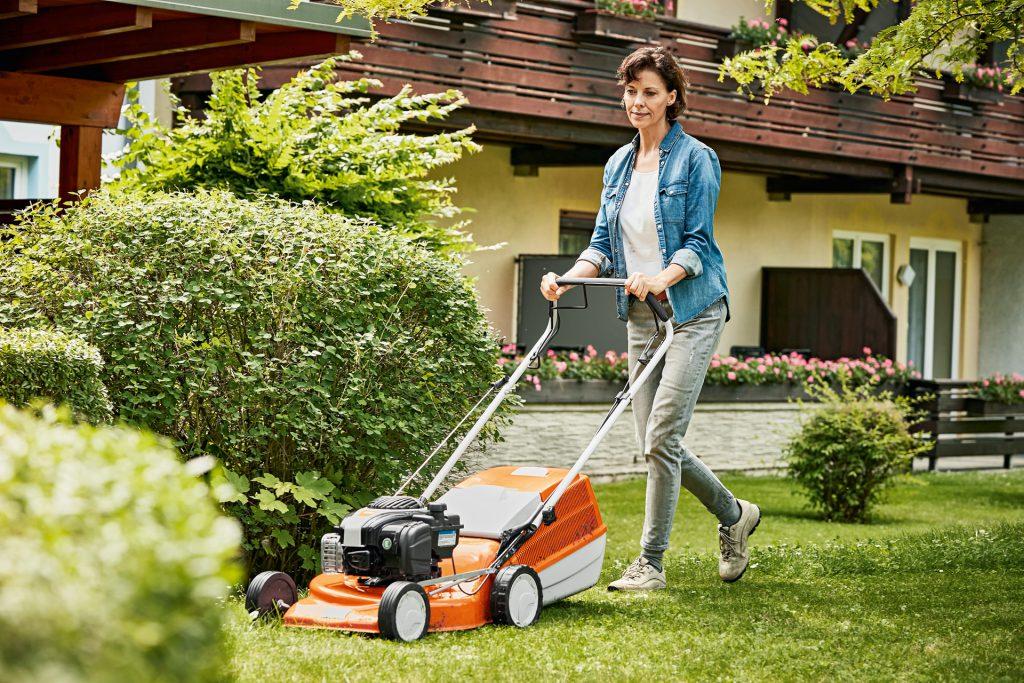 Оборудование для ухода за садовым и приусадебным участком от компании STIHL