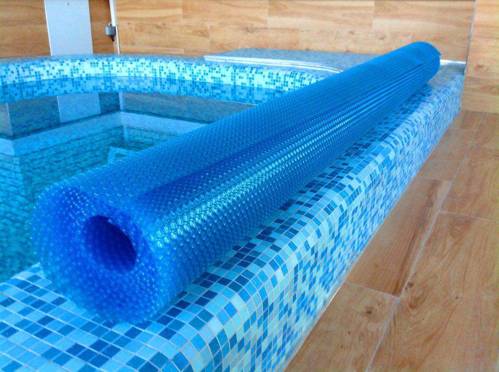 Зачем нужны покрывала для бассейна
