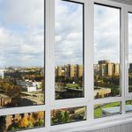 4 совета, как удачно купить пластиковые окна и остеклить лоджию