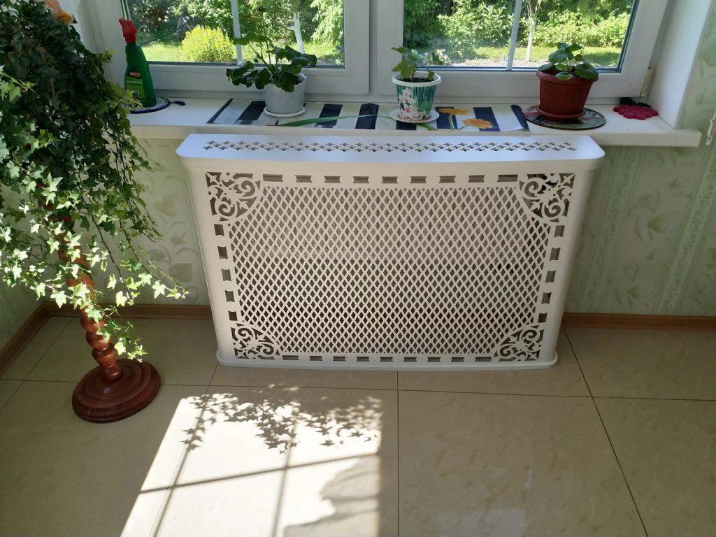 Особенности и преимущества декоративных экранов для радиаторов