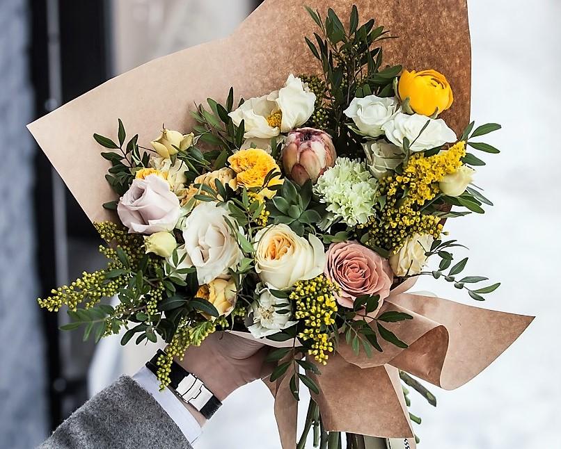 Доставка цветов в Ивано-Франковске и прочих городах Украины