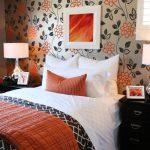 Как выбрать идеальные обои в спальню? Практические советы
