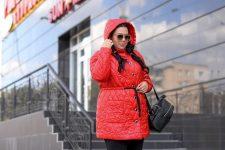 Где купить стильную женскую куртку больших размеров?