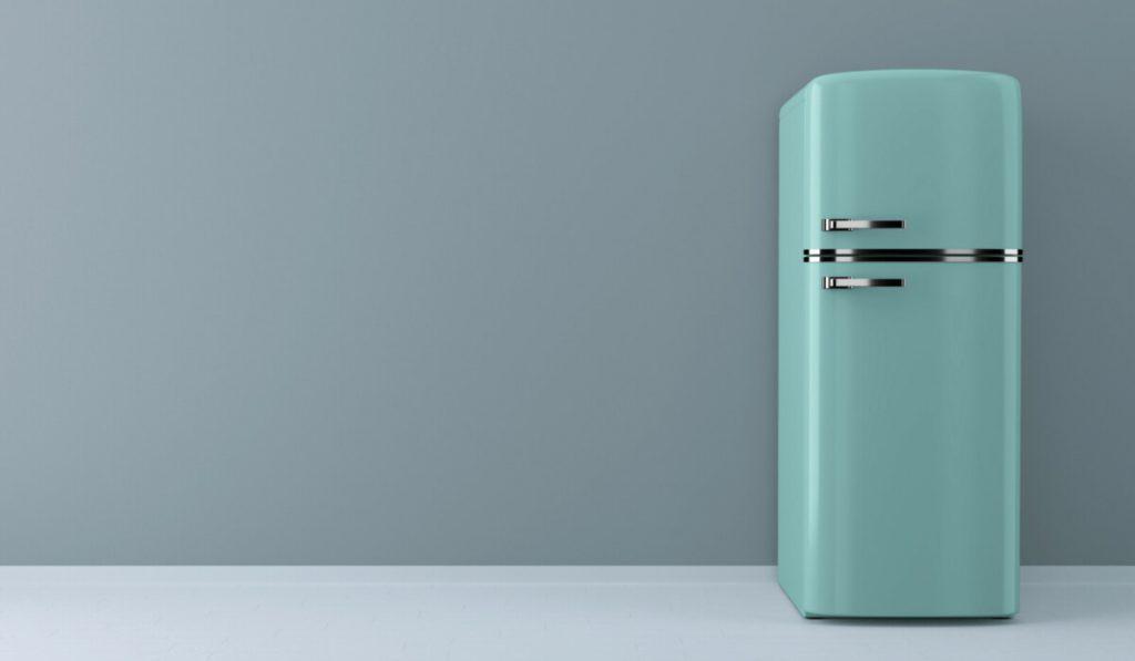 Новый дизайн холодильника: долой скучный белый