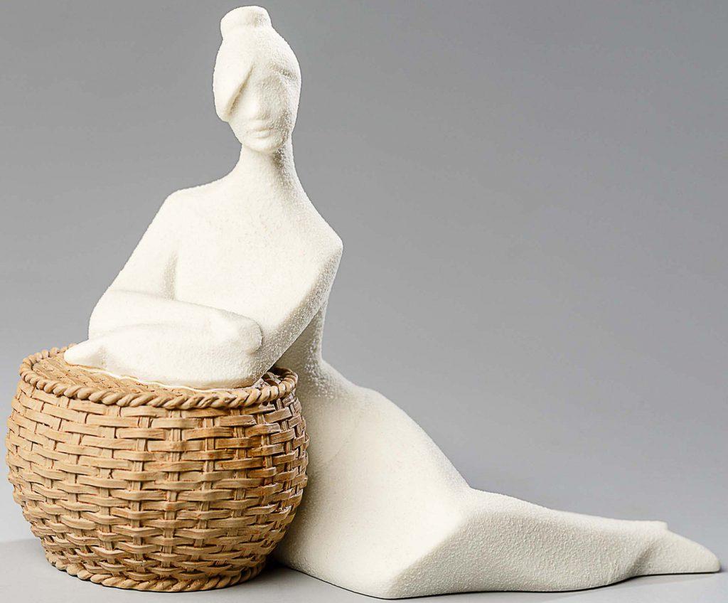 Добавляем эстетики в пространство статуэтками Nadal