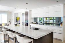 Идеи декора 12 способов разместить зеркало в интерьере кухни