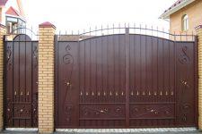 Качественные ворота, заборы и решетки из металла