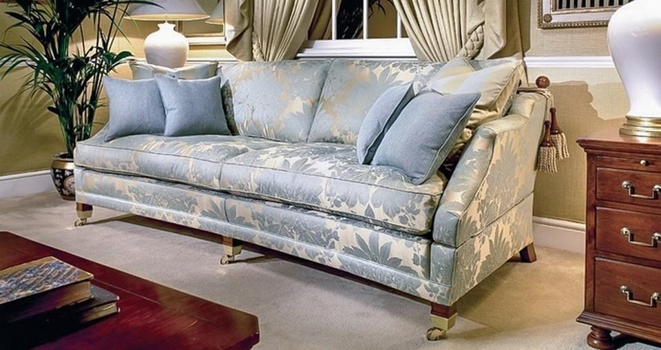 Преимущества перетяжки дивана жаккардовой тканью