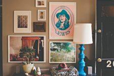 Декор стены постерами: 5 правил хорошего тона
