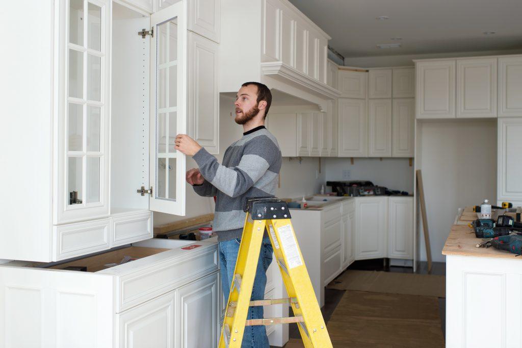 Кухня «на миллион»: 7 лайфхаков по ремонту одного из основных мест в доме