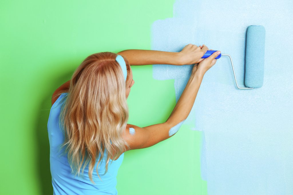 Интерьерные краски Kolorit: популярные составы и их характеристики