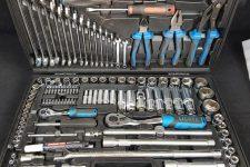 Использование инструментов