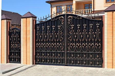 Какие ворота выбрать? Разновидности и особенности. Что подойдет для частного дома?