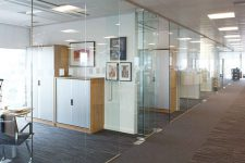 Офисные перегородки и доступные материалы производства