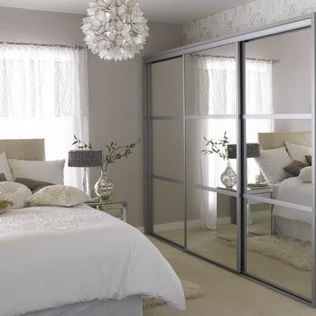 Зеркало – душа спальни
