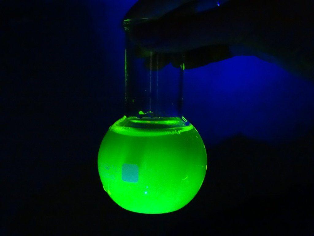 Свойства уранина